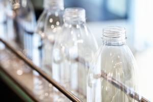 PET and rPET bottle production